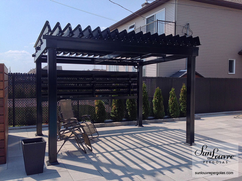 pergola adjustable louvres roof vertical wall 0325 sunlouvre pergolas official site. Black Bedroom Furniture Sets. Home Design Ideas