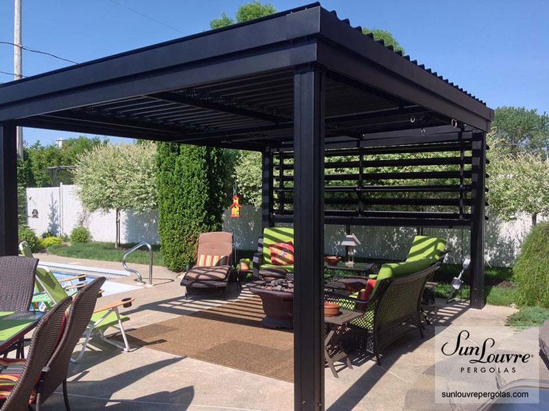 pergola mur vertical meubles jardins 0525 sunlouvre pergolas site officiel. Black Bedroom Furniture Sets. Home Design Ideas