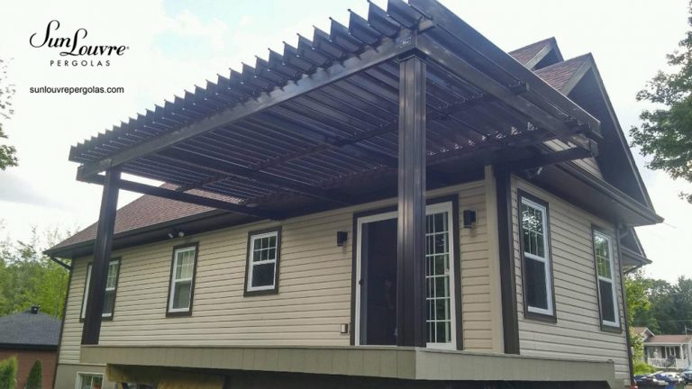 SunLouvre Pergolas, residential, attached to the home, adjustable louvered roof pergola, 100% aluminum - image 0257