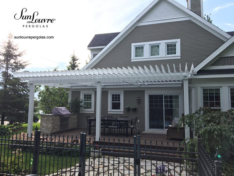 SunLouvre Pergolas, residential, attached to the home, adjustable louvered roof pergola, 100% aluminum - image 0262