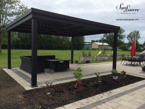 SunLouvre Pergolas résidentielle à lames orientables, bioclimatique, 100 % aluminium, modèle à lames intégrées - image 0513