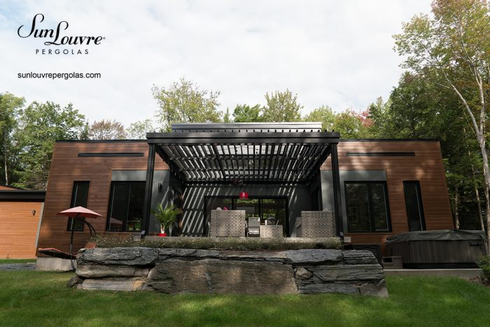 SunLouvre Pergolas, residential, integrated rafters model, attached to the home, adjustable louvered roof pergola, 100% aluminum - image 0527