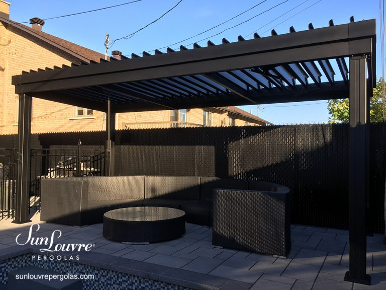 SunLouvre Pergolas, residential, integrated rafters model, adjustable louvered roof pergola, 100% aluminum - image 0529