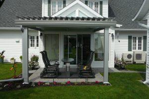 SunLouvre Pergolas résidentielle à lames orientables, bioclimatique, 100 % aluminium - image 0532