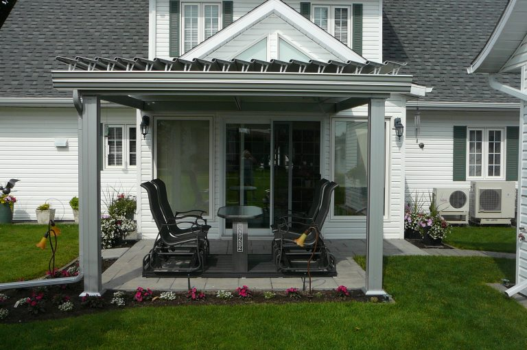 SunLouvre Pergolas, residential, attached to the home, adjustable louvered roof pergola, 100% aluminum - image 0532
