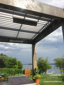 SunLouvre Pergolas résidentielle à lames orientables, bioclimatique, 100 % aluminium, projet spécial intégré à une structure existante - image 0603