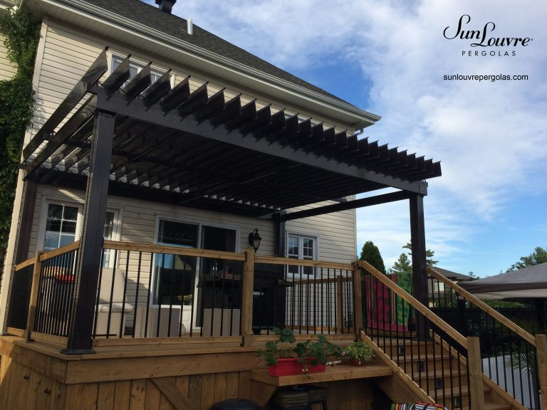 SunLouvre Pergolas with adjustable louvers, aluminum pergola, pergola attached to the home - image 0256