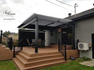 SunLouvre Pergolas à lames orientables, 100 % aluminium, projet résidentiel, pergola attachée au mur - image 0258
