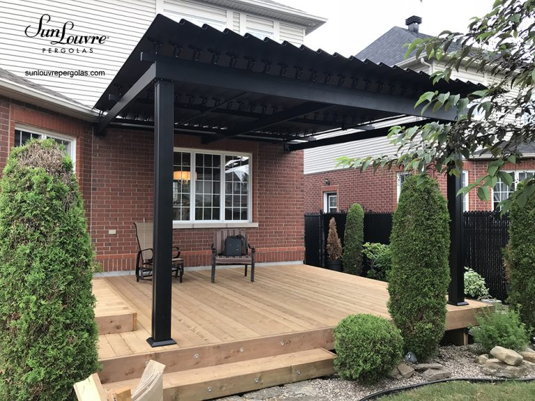 pergola, sunlouvre pergolas, pergola Quebec, aluminum pergola, louvered roof pergola, adjustable louvered roof pergola