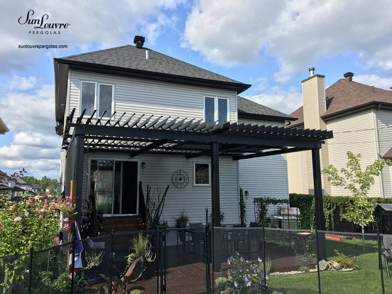 pergola, sunlouvre pergolas, quebec pergola, louvered roof pergola, adjustable louvered roof pergola