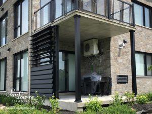 mur intimité de lames en aluminium, mur extérieur en aluminium, mur de lames orientables