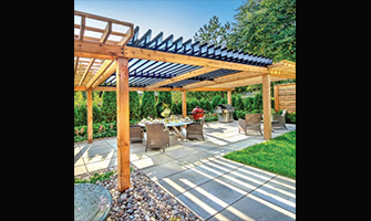 Picture of an adjustable louvered roof SunLouvre Pergolas - Je Jardine Magazine