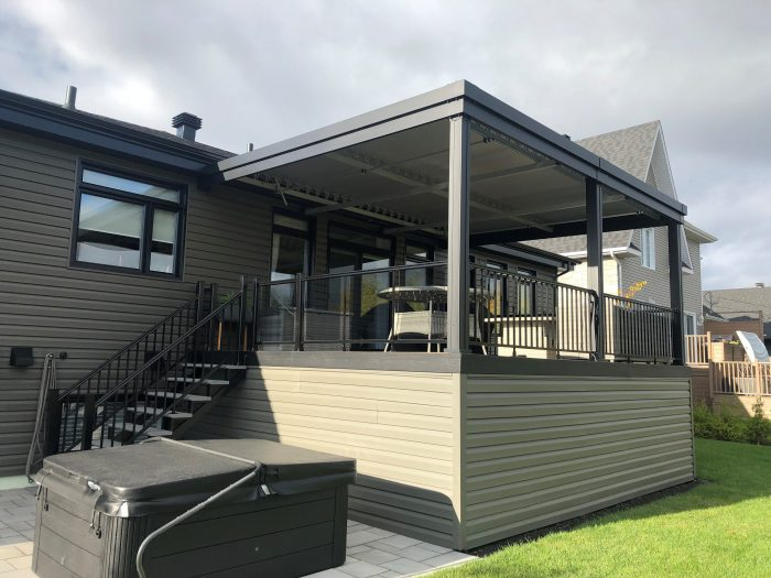 sunlouvre-pergolas-grey-attached-house-5017