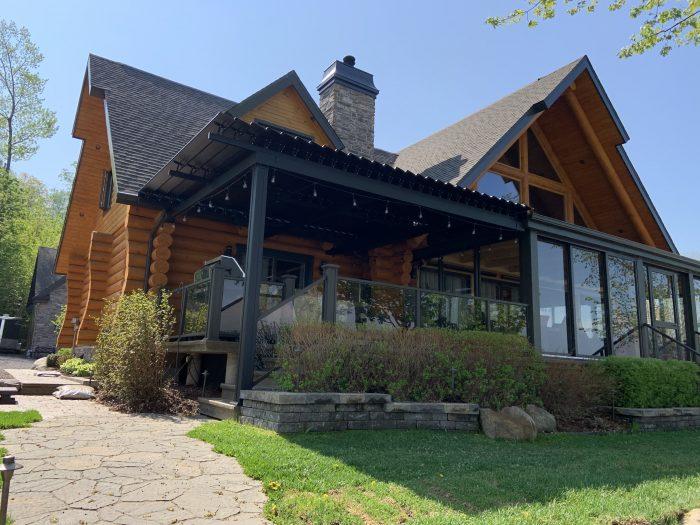 sunlouvre-pergolas-log house-2024