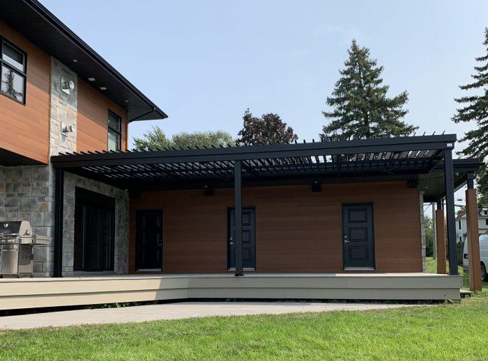 sunlouvre-pergolas-modern-house-5031