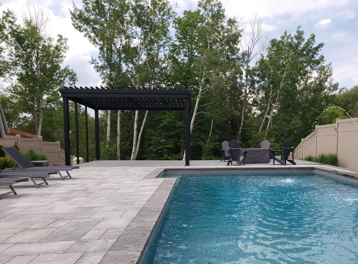 sunlouvre-pergolas-inground-pool-5011