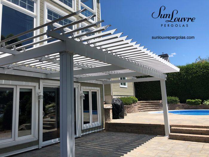 sunlouvre-pergolas-porte-patio-piscine-2009